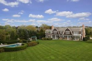 jlos-elegant-mansion-in-the-hamptons-10